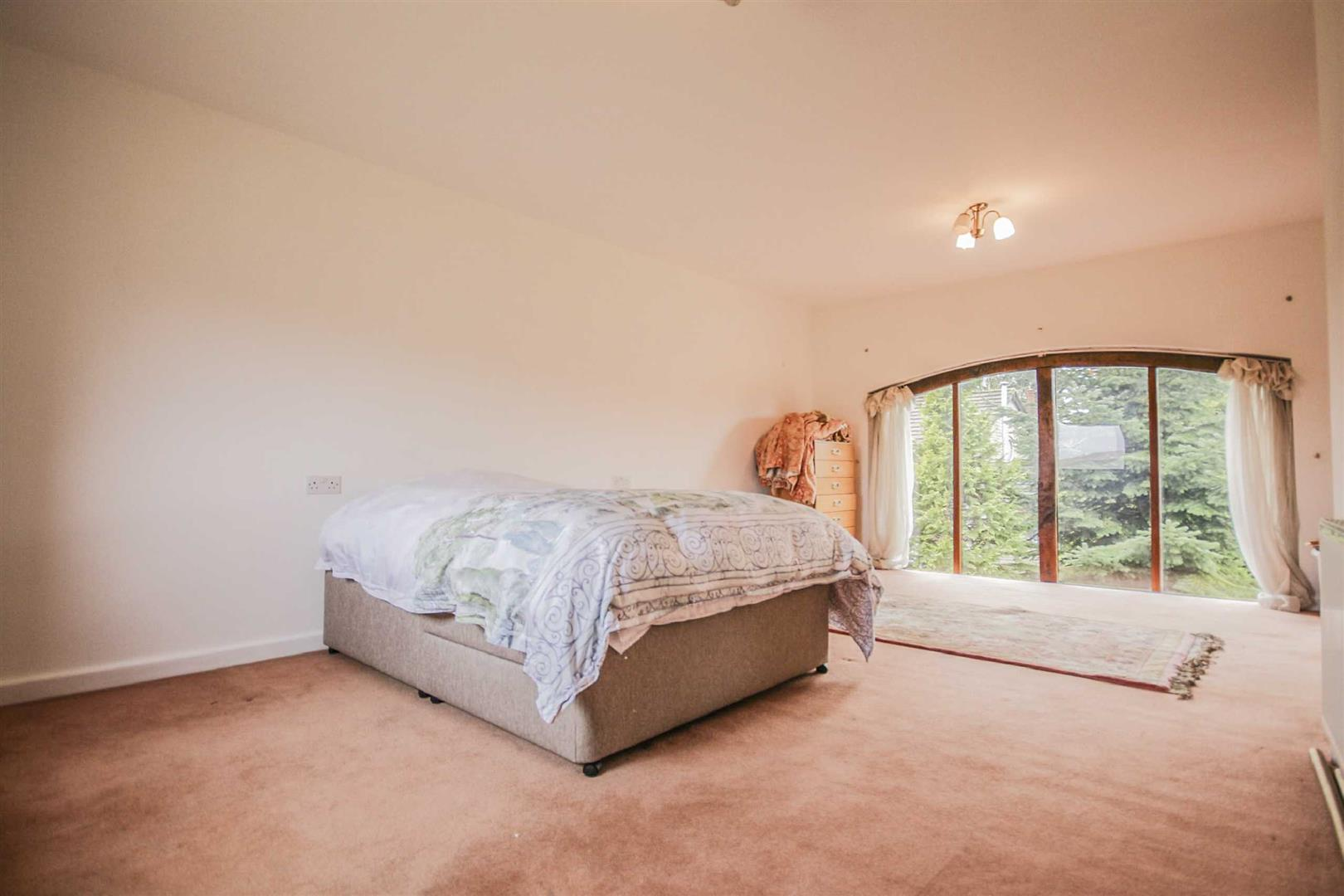 3 Bedroom Barn Conversion For Sale - Image 9
